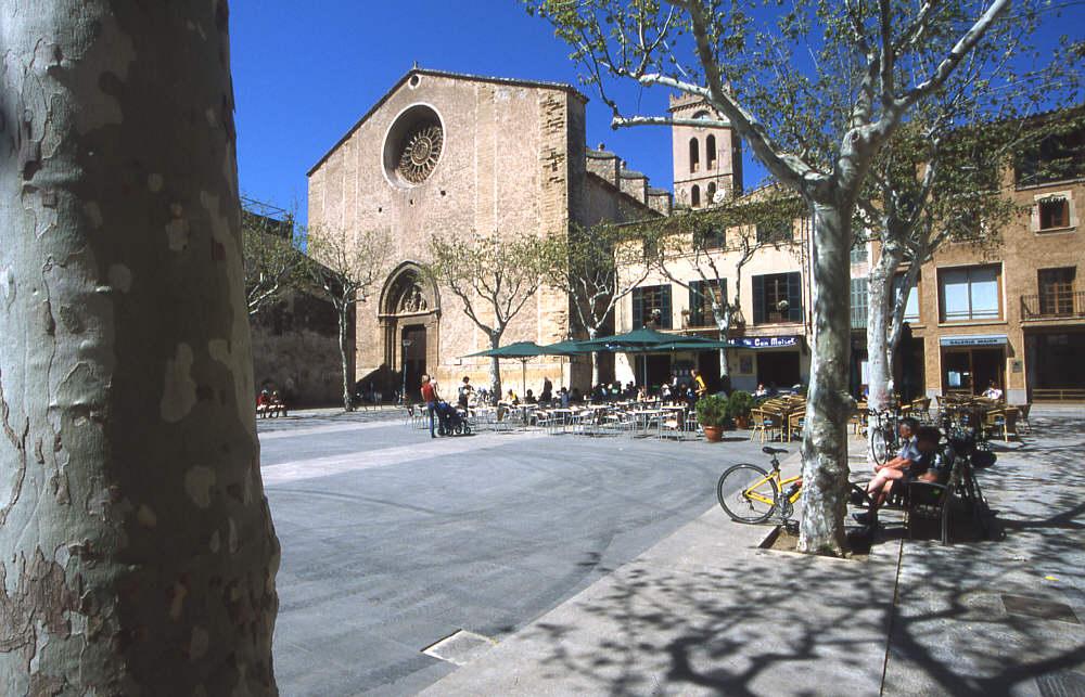 Dorfer in inselinneren von Mallorca