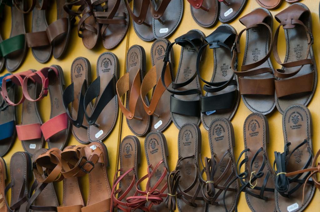 Der Mercado Alcúdia bietet viel an Lederwaren