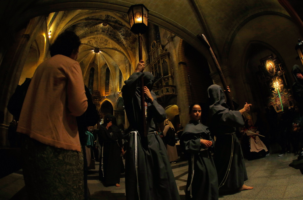 "Die Prozession ""Crist de Santa Creu"" in Palma de Mallorca findet nach Sonnenuntergang statt"